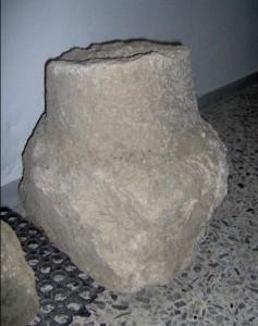 la colonna del IV sec. a.c. ritrovata